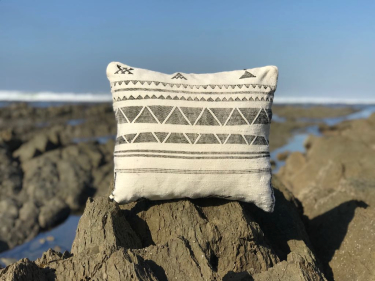 Pillow Sabra Black, White Morocco