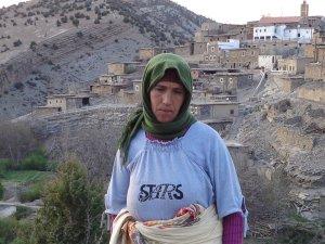 Mouna Ikhyaten from Sidi Yahya Ou Youssef, Morocco