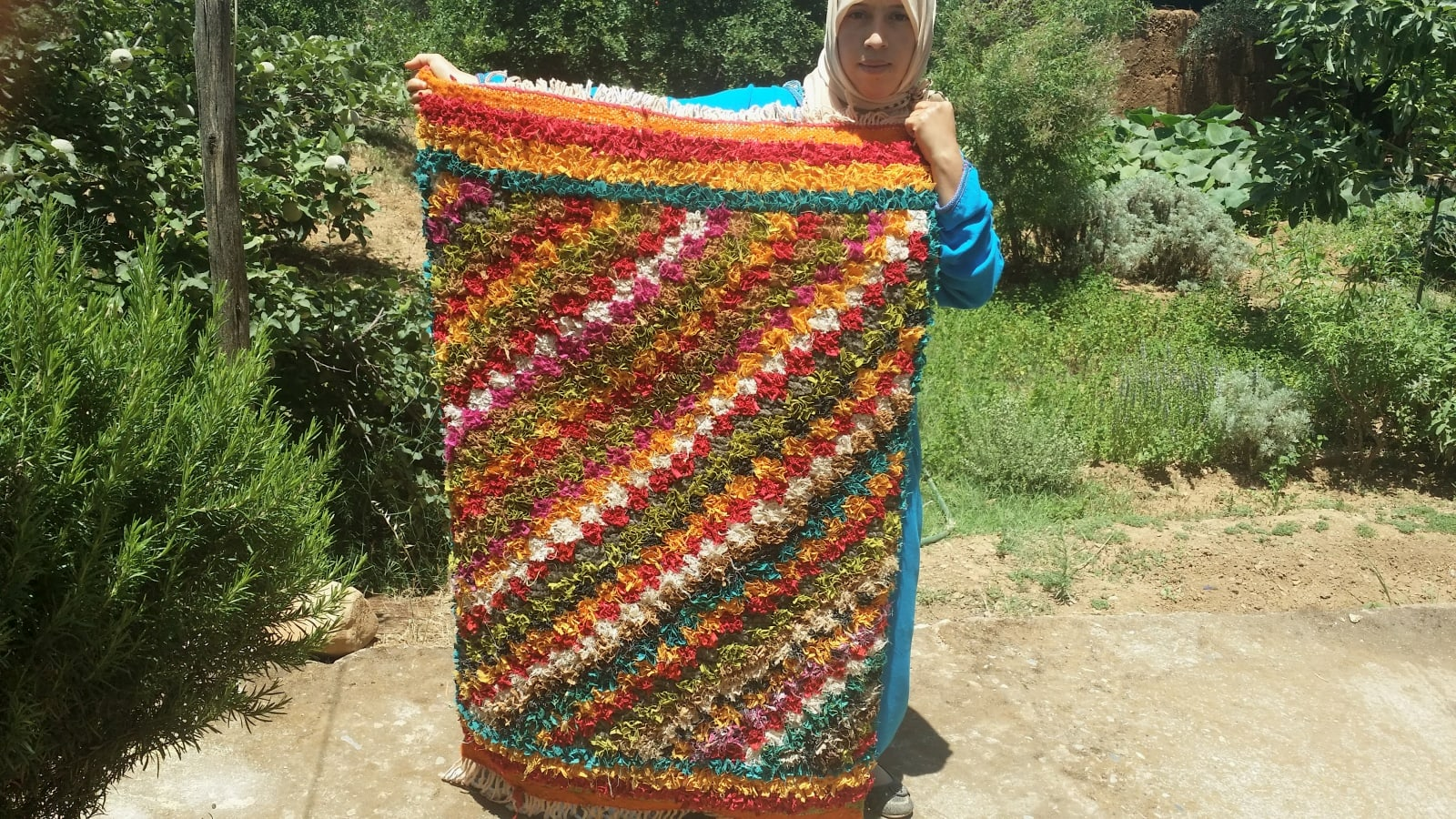 Hanbel Recycled Clothing  Colored Morocco