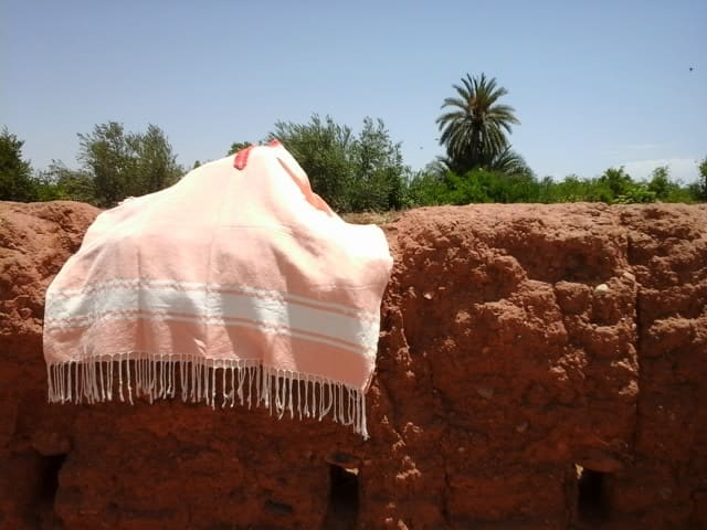 Poncho Cotton Thread Pink, White Morocco
