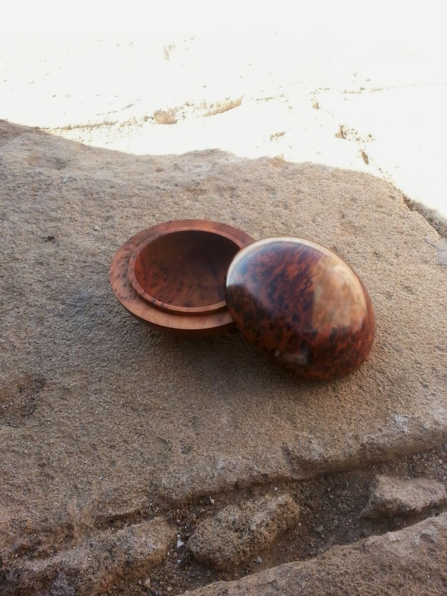 Sphere Box Thuja Wood Blue Morocco