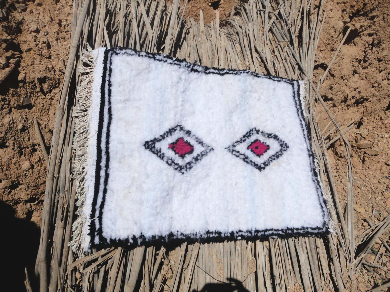 Pile Rug Wool Threads Pink, Black Morocco