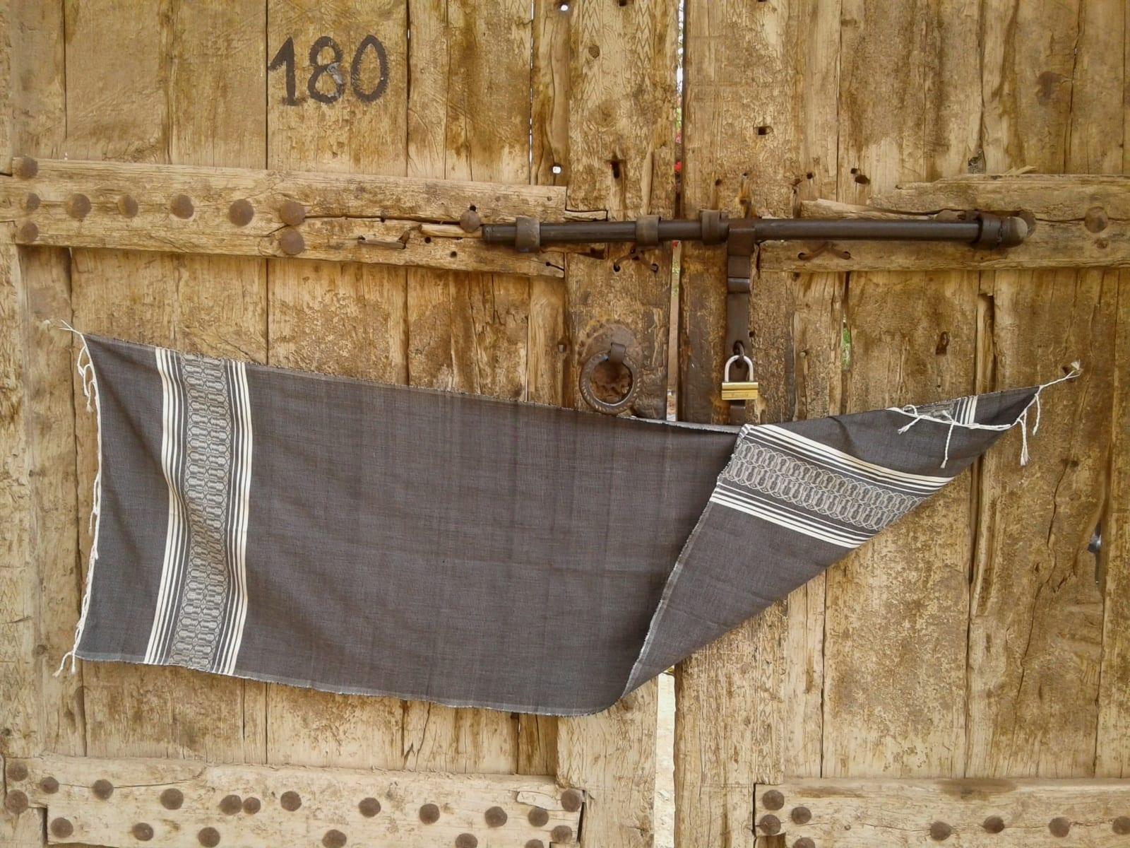 Shawl Cotton Thread Grey, White Morocco
