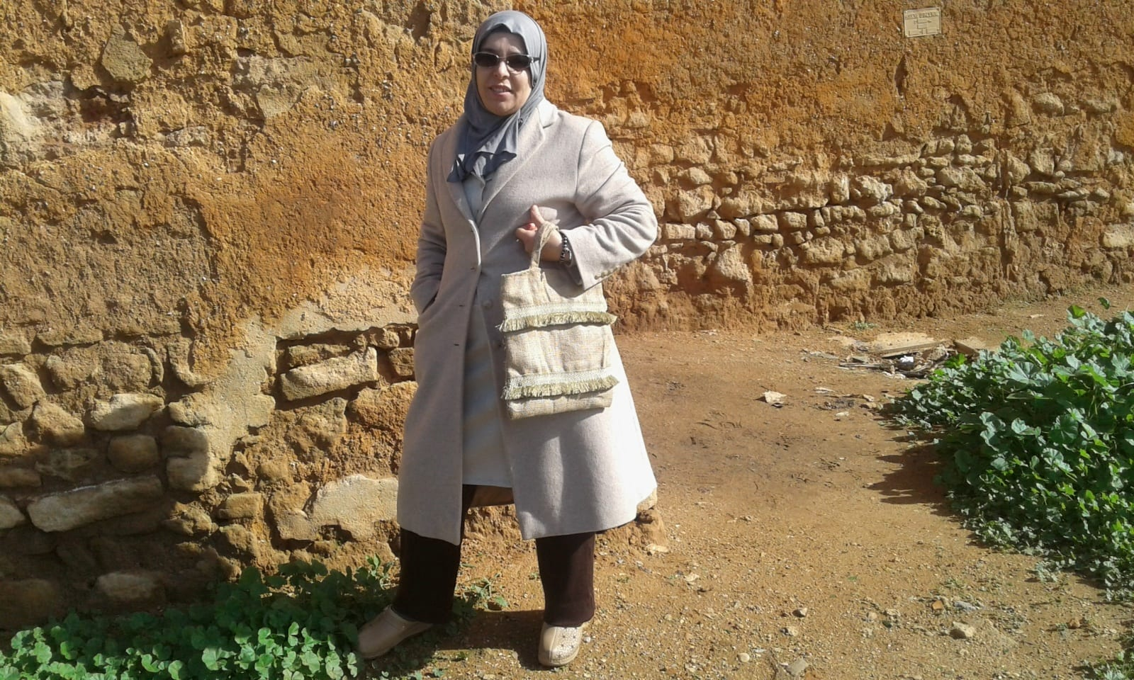 None Adorned fabric and bag  White Morocco
