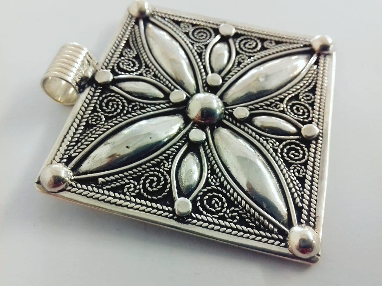Necklace 800 Tiznit Silver Black, White Morocco