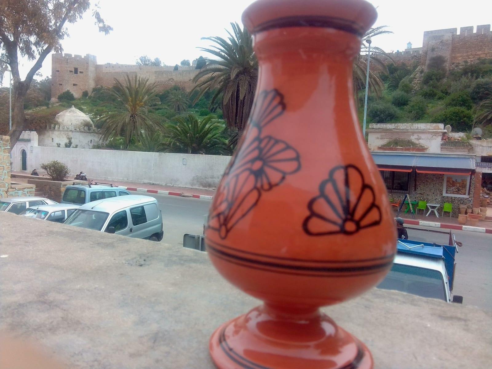 None  Orange, Black Morocco