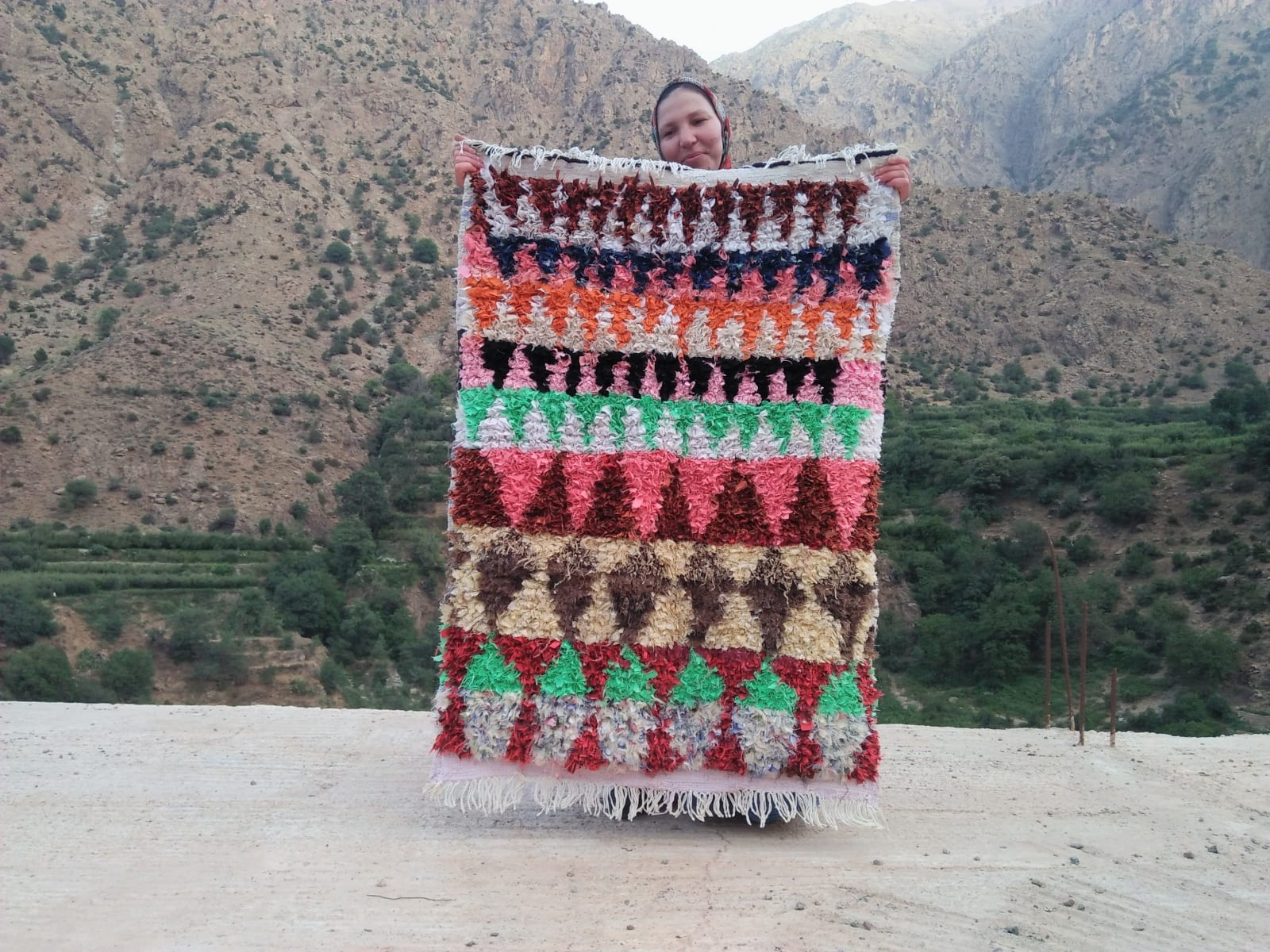Pile knot Warp and Cloth rags Colored Morocco