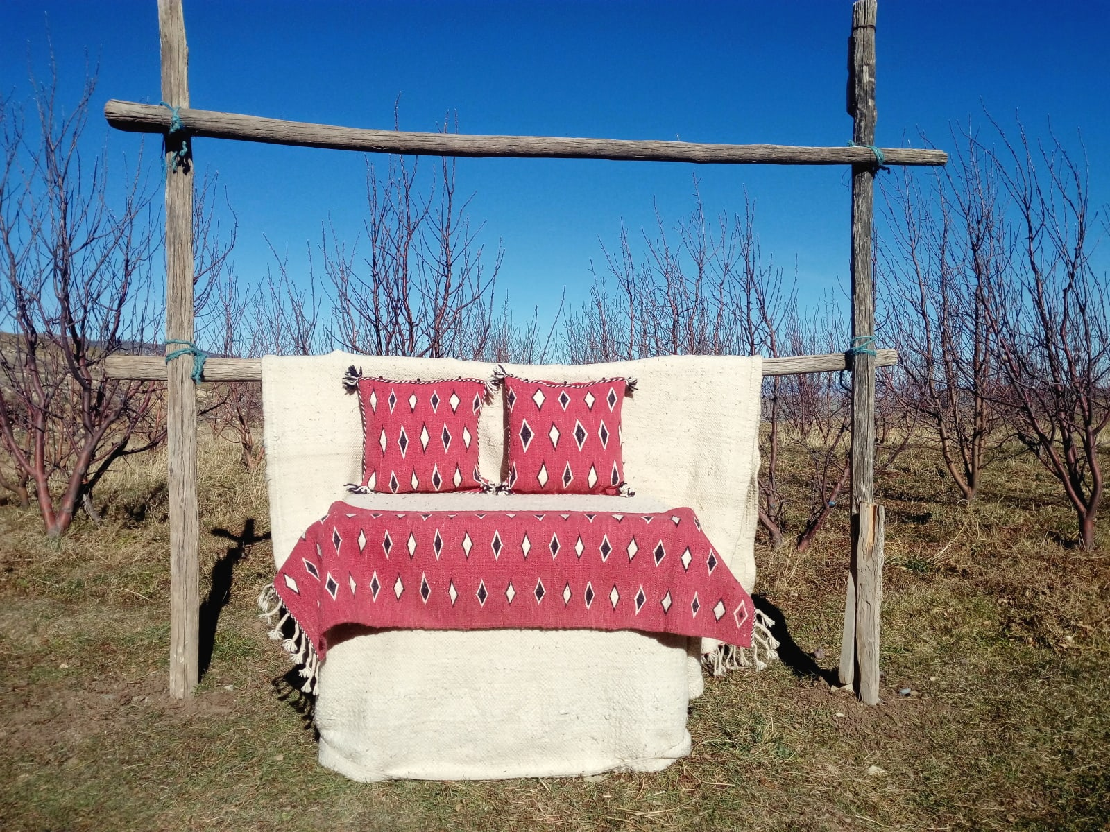 Pillows Wool Red, Black Morocco