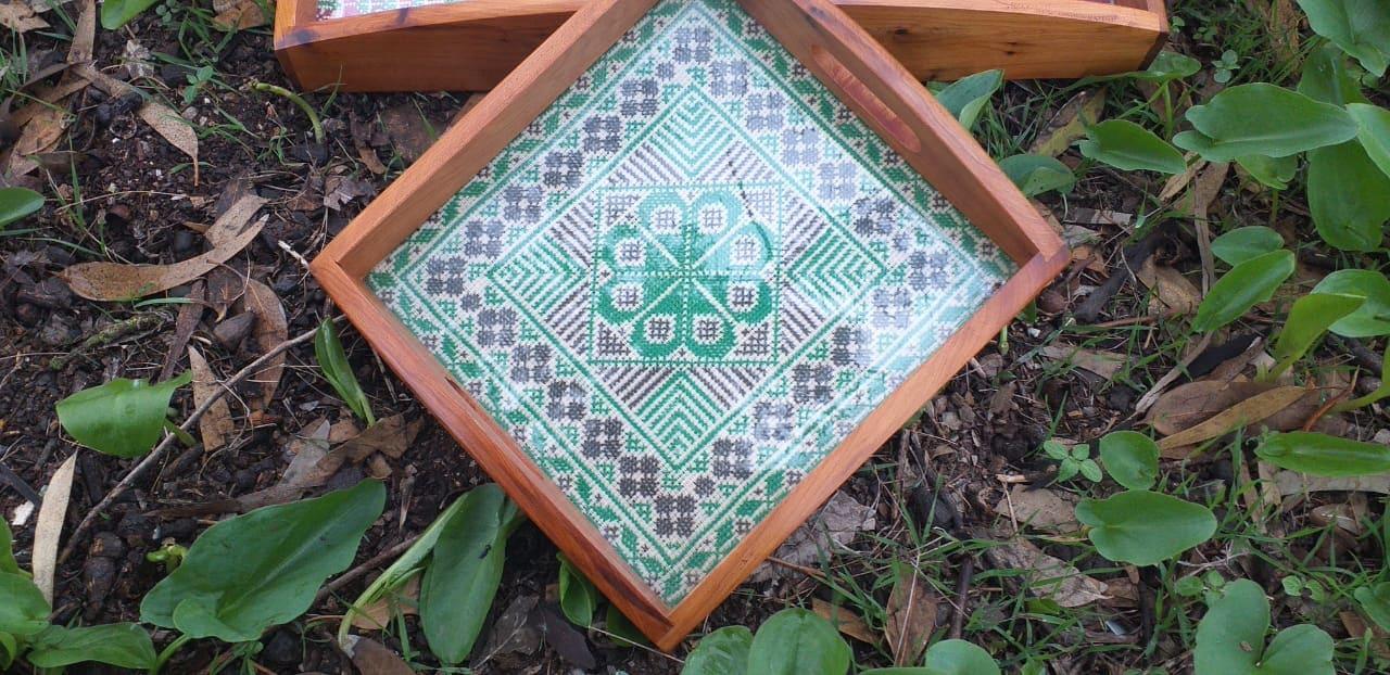 Serving Tray Acrylic Thread Green, Black Morocco