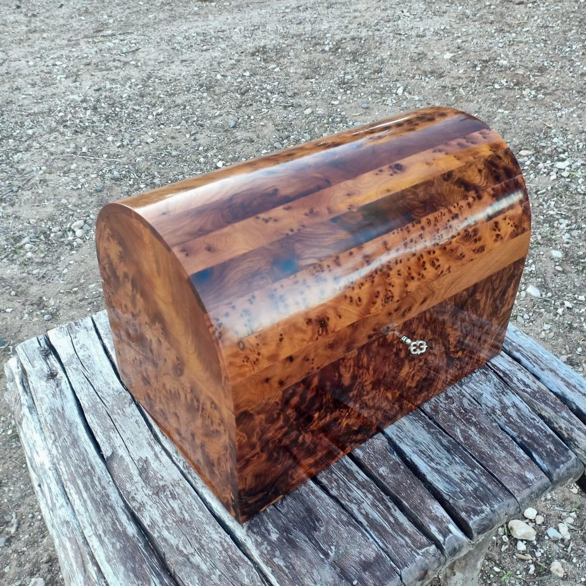 Box Thuja Wood and Juniper Root  White Morocco