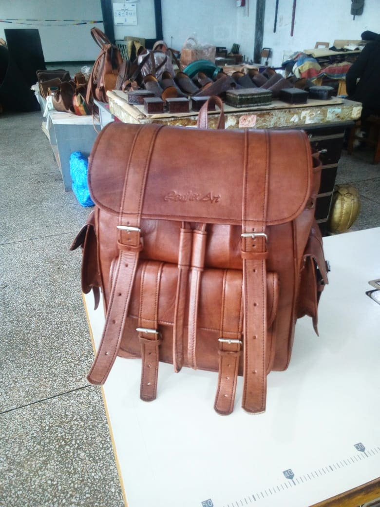 Bag Cow skin and Homemade glue Colored Morocco