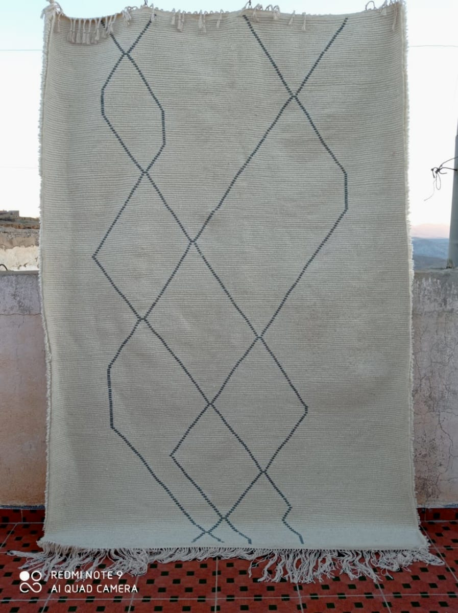 Pile Knot  Grey, White Morocco