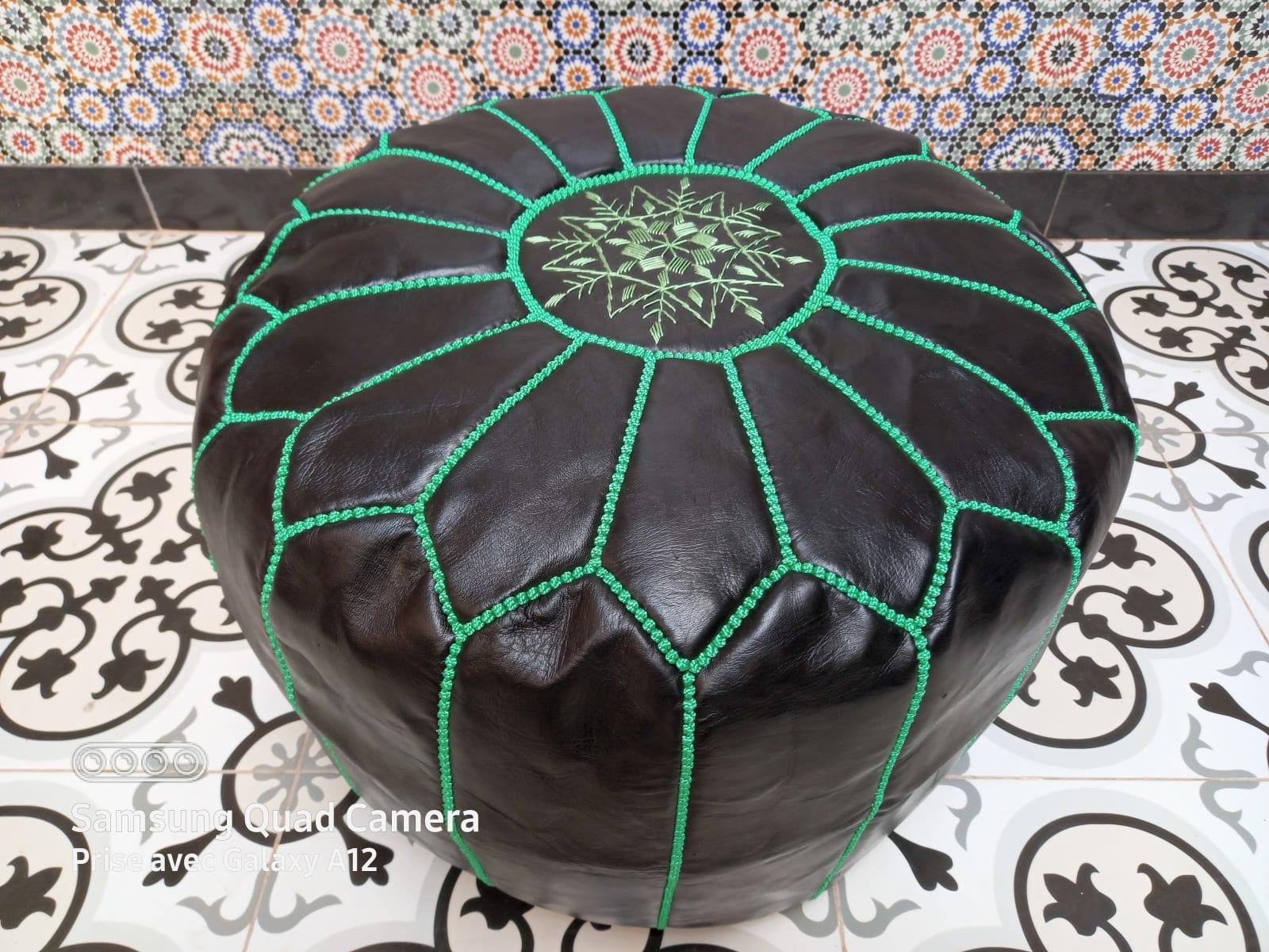 Pouf leather and Sabra silk Green, Black Morocco