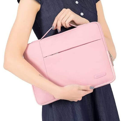 Pochette rose pour Macbook