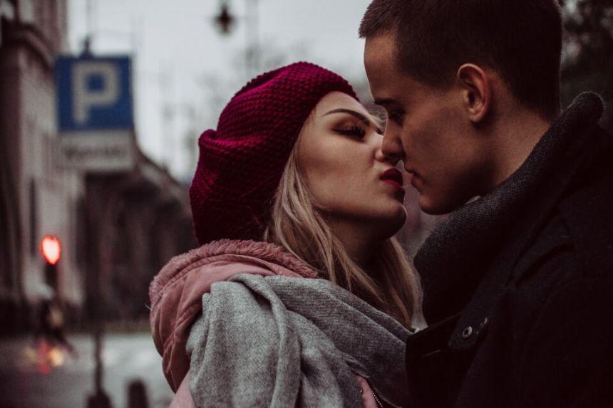Femme Poisson et Homme Cancer : Compatibilité Amoureuse ?