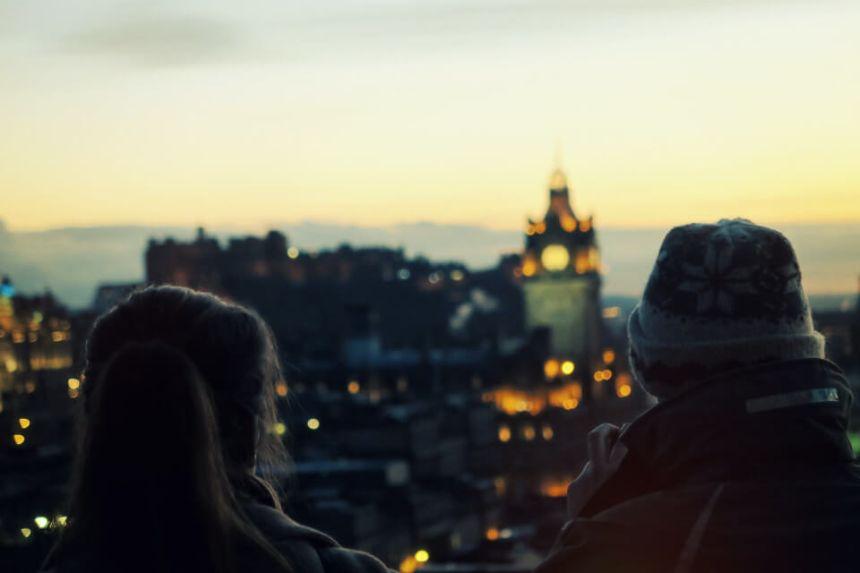 Homme Balance et Femme Capricorne : Compatibilité Amoureuse ?