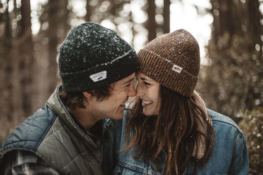 Waage Mann und Krebs Frau: Kompatibilität in der Liebe?