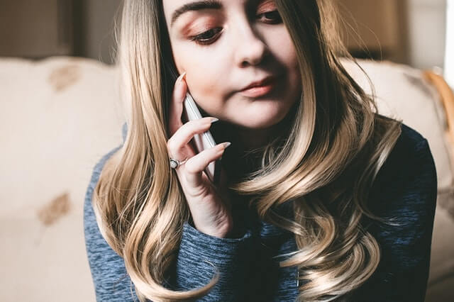 A girl on the phone.