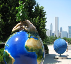 world statue, chicago