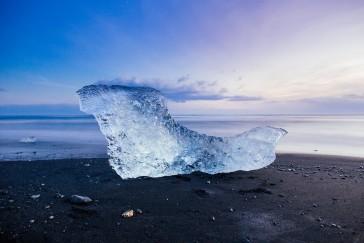 Iceland glacier lake