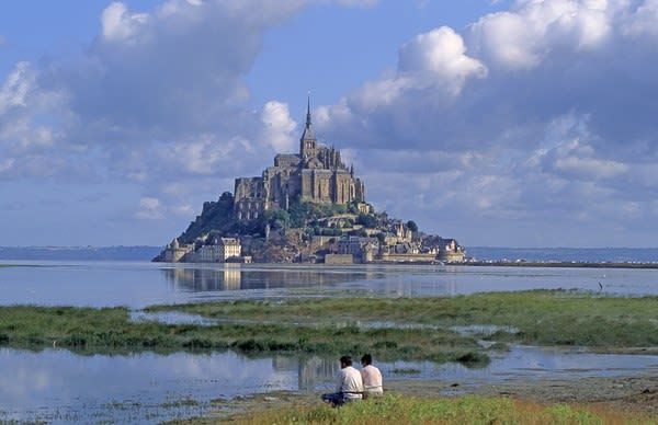 HI Cancale - Mont St Michel Hostel