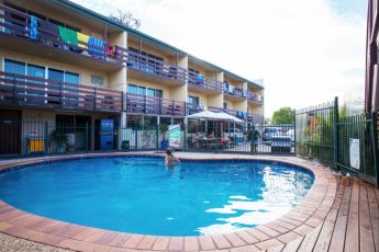 Airlie Beach YHA : Pool