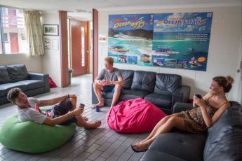 Airlie Beach YHA : TV room