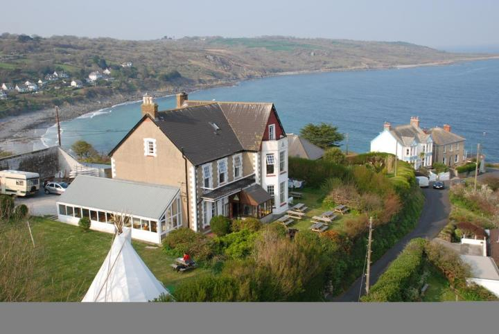 Coverack United Kingdom  city images : YHA Coverack Cornwall United Kingdom Youth Hostel