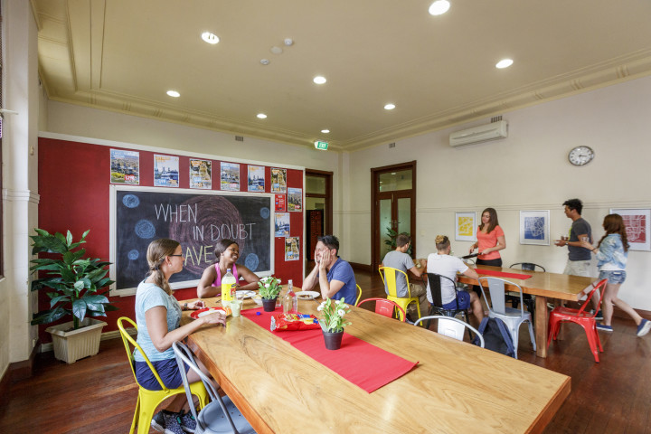 HI Hostels - Perth City YHA