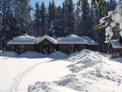 HI - Castle Mountain Wilderness Hostel