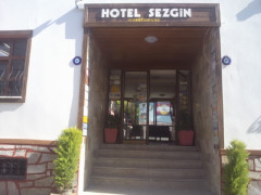 Sezgins Guesthouse - Kusadasi