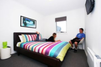 Phillip Island YHA – The Island Accommodation :