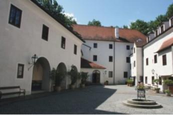 Ulmerfeld - Hausmening :