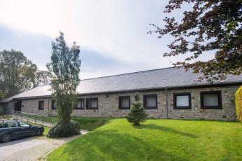Sankt Vith - Ardennen - Eifel YH : Exterior in summer to Sankt Vith - Ardennen - Eifel Hostel in Belgium