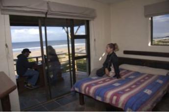 Jeffreys Bay - Island Vibe Backpackers :