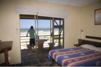 Jeffreys Bay - Island Vibe Backpackers :
