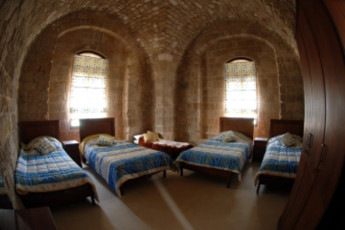 Saida - Khan Alefrang Youth Hostel :