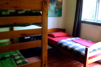 HI - Cape Breton : Inside a hostel dorm room