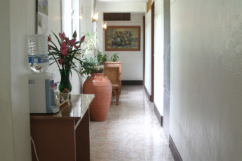 Cebu City - Four Reasons Place : Hallway at Four Reasons Place