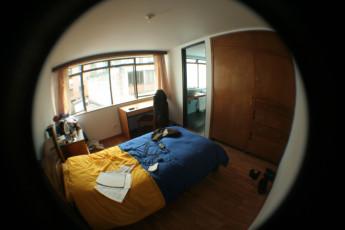 Bogota - La Pinta Hostel : La Pinta hostal habitación privada de dormitorio con cama doble