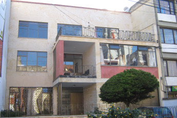 Bogota - La Pinta Hostel : La Pinta hostal desde el exterior, entrada frontal