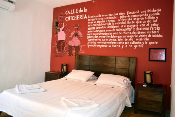 Cartagena - El Viajero Hostel : El Viajero Hostel private dorm room with double bed