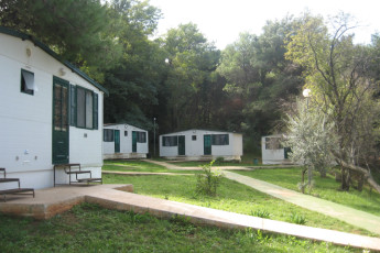 Pula : The Hostel Pula's cabins.