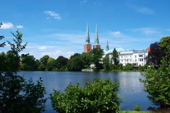 Lübeck - Vor dem Burgtor : Lake in Lübeck