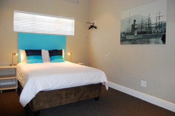 Cape Town - Ashanti Green Point : Double room at Cape Town Ashanti Green Point