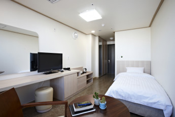 Hi Seoul YH : Single room at HI Seoul Youth Hostel