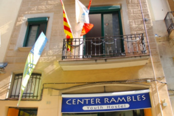 Barcelona -   Center Rambles : Front exterior and entrance of hostel Center Ramblas