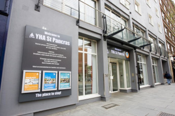 YHA London St Pancras : YHA St Pancras front entrance from the outside