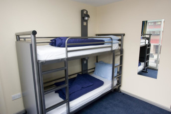 YHA London St Pancras : YHA St Pancras dorm room with bunk bed