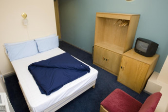 YHA London St Pancras : YHA St Pancras private double dorm room